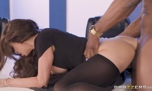 BBC loving milf begs a black guy to fuck her eager pussy on the desk