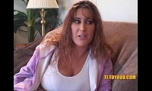 Massive tits older lesbian bitch pussy playing with young bitch