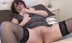 Mature hidden cam amateurs jerking and spy footage of older e porn tube